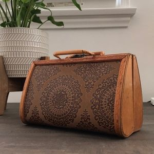 Handbags - Wooden Purse for the Summer